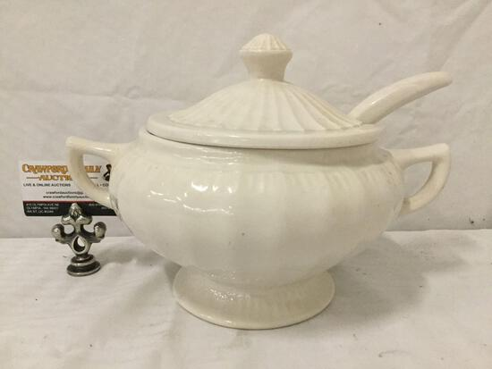 Vintage 50's California Pottery (marked illegible) soup tureen w/ ladle
