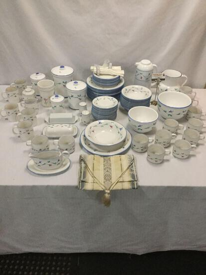 72 pc Savoir Vivre Portofino Blue dinnerware china set, partial service for 8