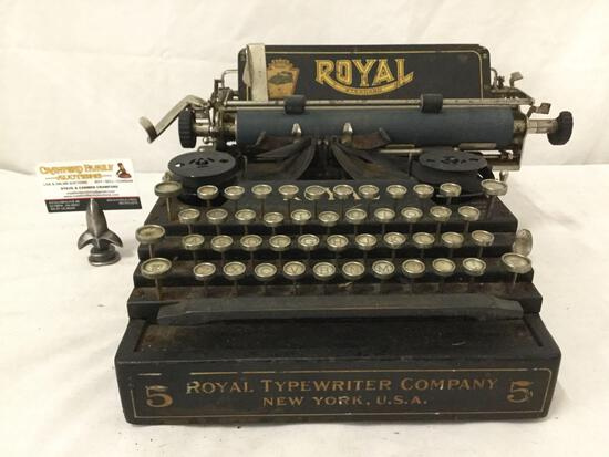 "Antique Royal Typewrite Company ""Royal Standard 5"" typewriter - as is fair cond needs work"