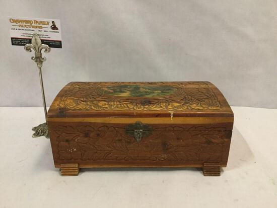 Vintage jewelry box w/ mirror, village scene, & floral detailing