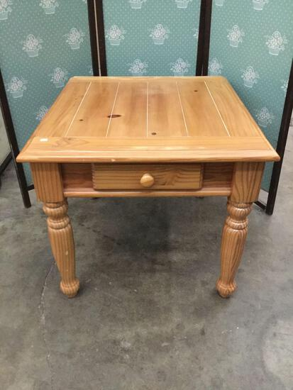 Modern pine end table w/ 1 drawer - cabin / country design