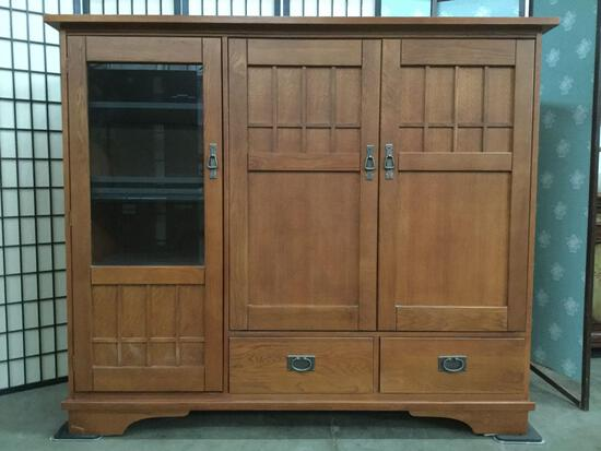 Hooker Furniture large entertainment center w/ 2-drawers, interior outlet tested & working