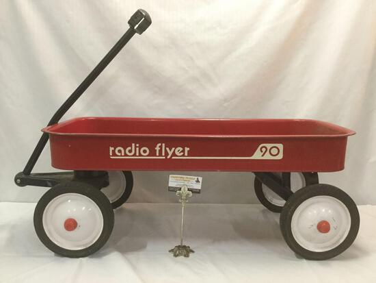 Radio flyer 90 metal red wagon children's riding toy