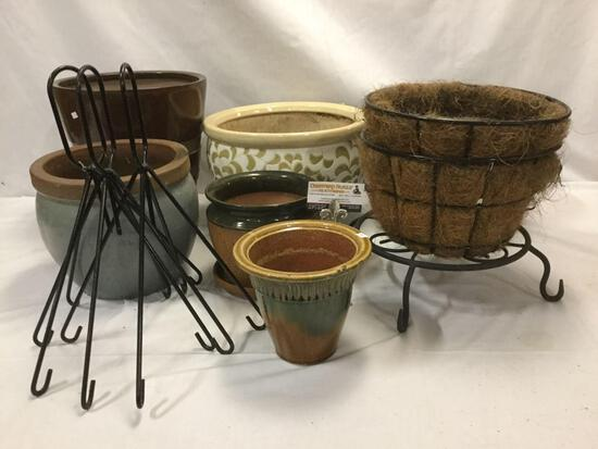 Lot of large/small ceramic planter pots/ hanging flower baskets