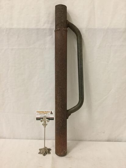 Vintage heavy metal Battering ram/door buster.