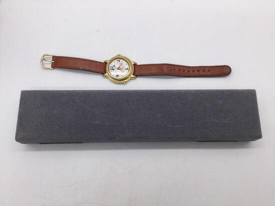 """Vintage Lorus Mickey Mouse """"Happy Birthday to You"""" wristwatch"""