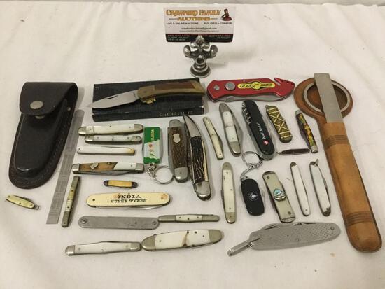 Large collection of vintage pocket knives, folding blades & more