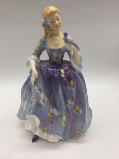 Vintage nicely painted ROYAL DOULTON English fine bone china porcelain lady figurine: Nicola HN2839