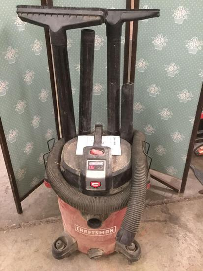 Craftsman 12 Gallon Wet/Dry Vacuum w/ attachments/manual