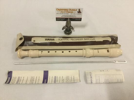 YAMAHA Soporano Recorder Baroque w/ paperwork and vinyl case.