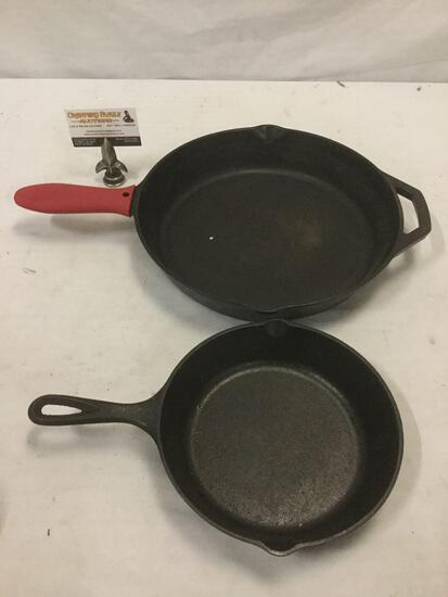 2 LODGE cast iron cooking pans. Marked: USA 5SK, USA 10SK