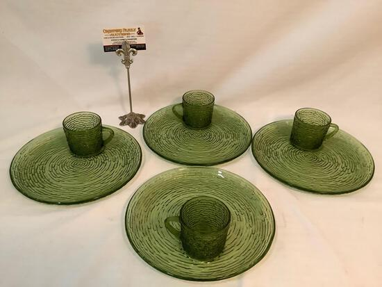8 pc. lot of vintage textured green glass plate & mug sets