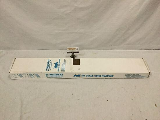 Midwest Products Co. Inc Ho scale cork roadbed model train accessory unused in original box