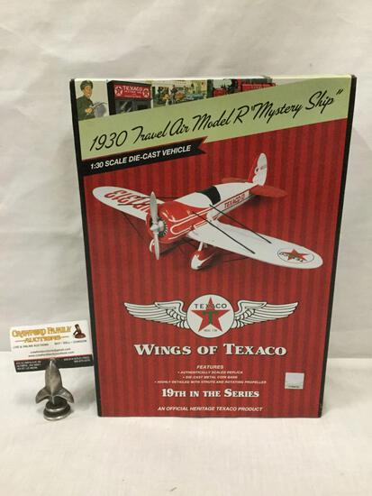 Wings of Texaco series 1:30 Scale Die Cast model airplane. 1930 Travel Air Model R Mystery Ship
