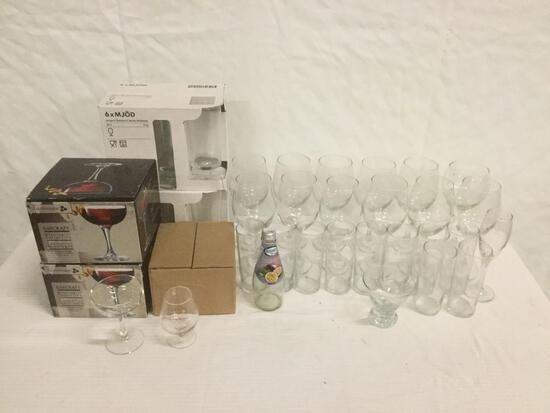 Large collection of bar glassware, zombie glasses, cocktail glass, goblets, Barcraft, Mjod footed