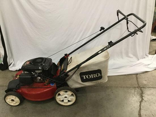 Toro Recycler 22 149cc gas powered lawn mower. Tested and working.