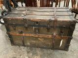 Vintage travel trunk, shows wear, approx. 38 x 23 x 23 inches