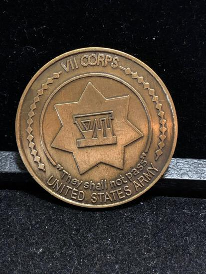 Challenge Coin : VII Corps/ They shall not pass/ US Army/ Jayhawk excellence