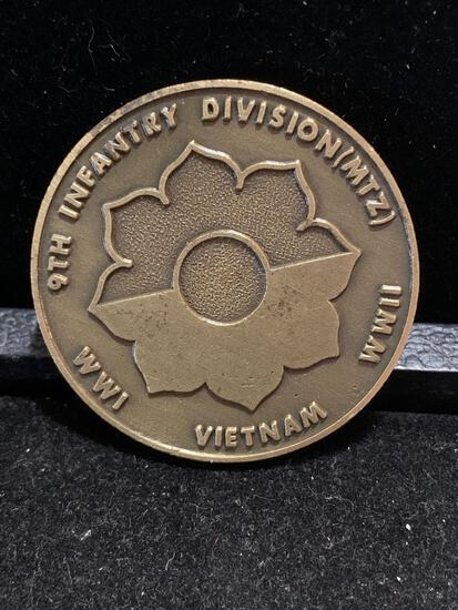 Challenge Coin : Vintage 9th Infantry Division /mtz/ WWI/ WWII/ Vietnam/ Old reliable CSM Grzebski