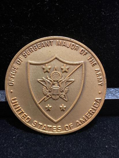 Challenge Coin : Office Of Sergeant Major of the Army/ Presented by SMA Julius W Gates
