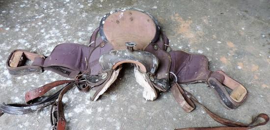 Vintage Canvas Saddle