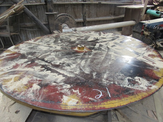 8' ROUND TABLE