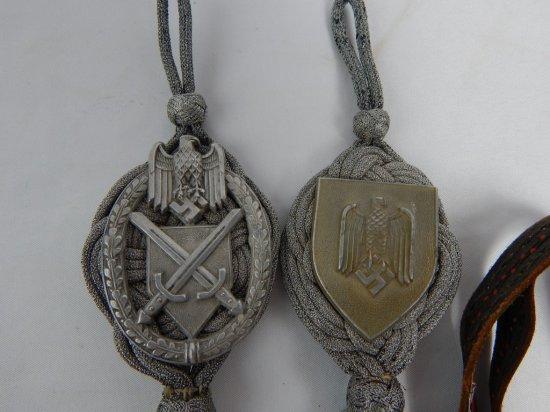 ORIGINAL GERMAN BADGES AND KNOTS