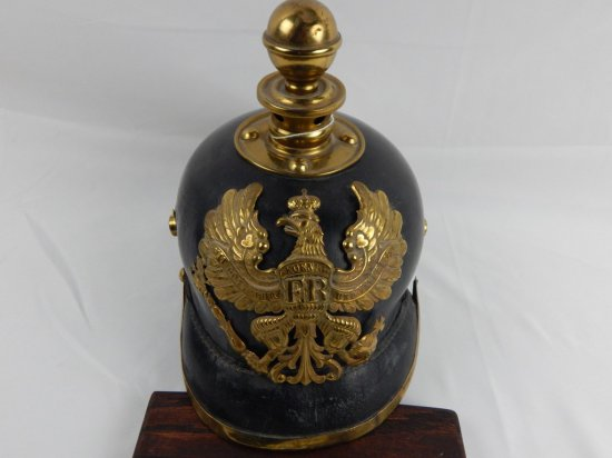 LINES EAGLE PRUSSIAN PICKELHAUBE
