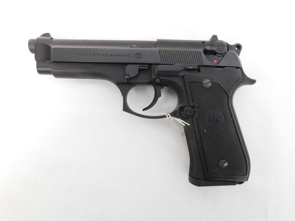 Beretta 92FS Handgun