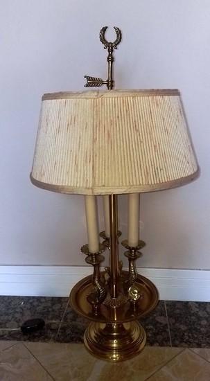 NICE VINTAGE BRASS TABLE LAMP