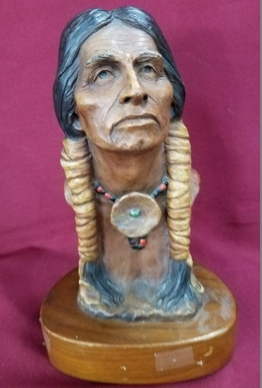 """INDIAN BUST """"CLOUD WALKER"""" BY NEIL J ROSE NUMBERED 90/1950"""
