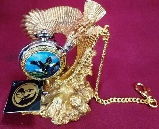 NEW EAGLE POCKET WATCH FROM THE FRANKLIN MINT