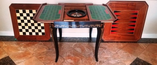 GORGEOUS INLAID FRENCH GAMBLING TABLE WITH MULTIPLE GAMES