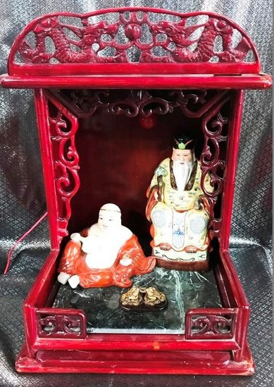 NICE ROSEWOOD ALTAR WITH CERAMIC ASIAN FIGURINES