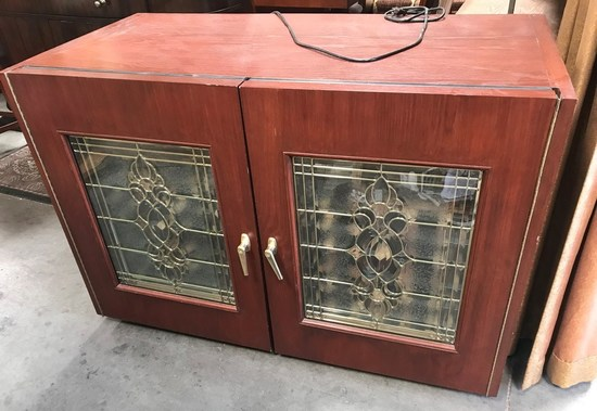 DOUBLE DOOR WOOD CABINET WINE COOLER