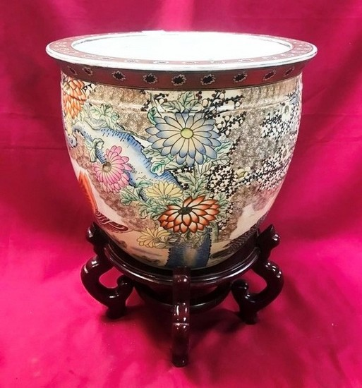 "19"" TALL DECORATIVE FISHBOWL ON STAND (VINTAGE)"