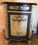 HAND PAINTED TWO TONE ENTRY COMMODE CABINET W/ DOOR