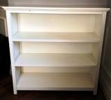 3 TIER WHITE SHELF/BOOKCASE