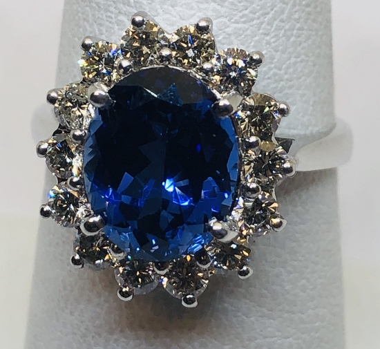 14KT WHITE GOLD 3.50CTS TANZANITE AND 1.00CT DIAMOND RING