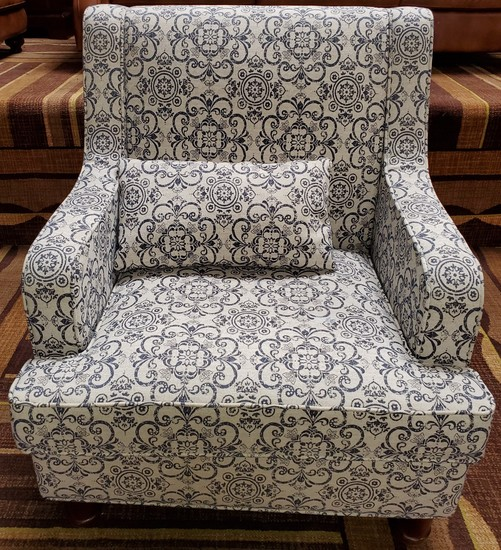 NEW DESIGNER FROM WMC - WHITE WITH BLUE PRINT OCCASIONAL CHAIR