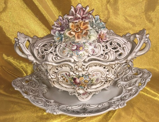 "MADE IN ITALY  ORNATE SOUP TUREEN & PLATTER - 16"" TALL"