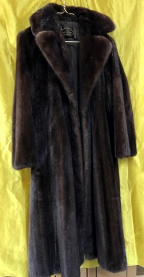LONG FUR BLACK COAT BY KEYSTONE