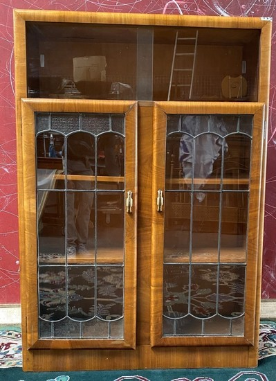 VERY NICE ANTIQUE ENGLISH CABINET W/ GLASS DOORS