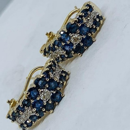 14KT YELLOW GOLD 2.00CTS BLUE SAPPHIRE AND .20CTD DIAMOND EARRINGS