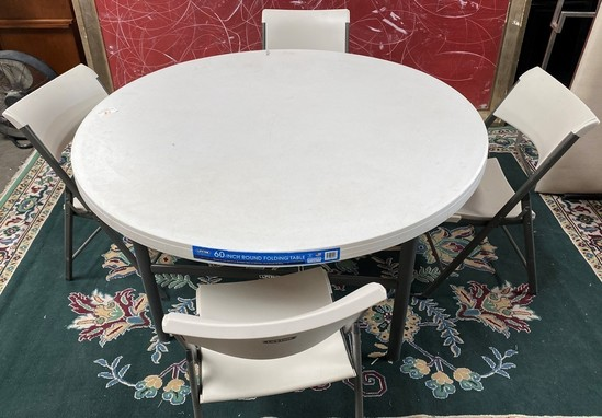 NEW ROUND TABLE & 4 FOLDING CHAIRS