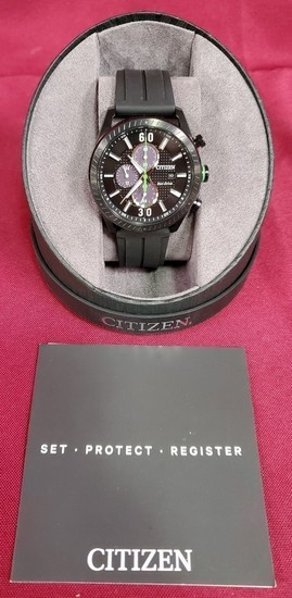MENS CITIZEN ECO-DRIVE WATCH WITH BOX - PRICED 275.00
