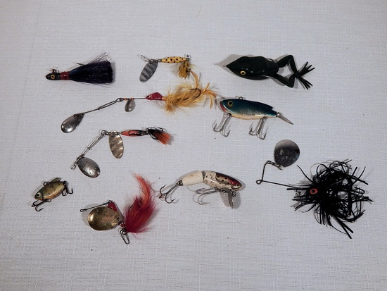 10 Vintage Fishing Lures