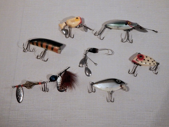 8 Vintage Fishing Lures