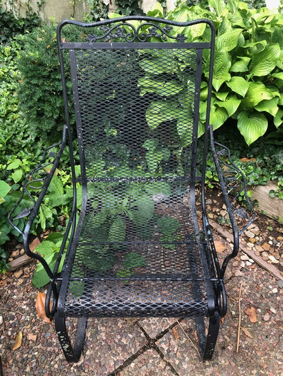 Vintage Woodard Spring-Back Iron Patio Chair
