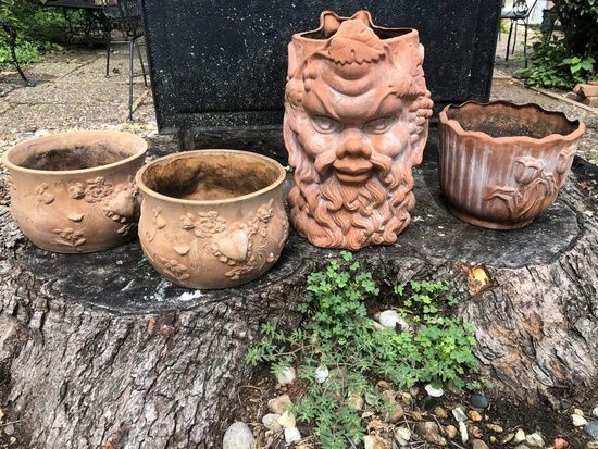 4 Terra Cotta Garden Pots